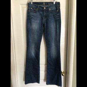 Seven for all mankind- Bootcut- Size 28
